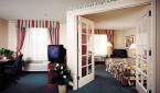 HiltonGardenInn_Arcadia_Guestroomrev thumbnail