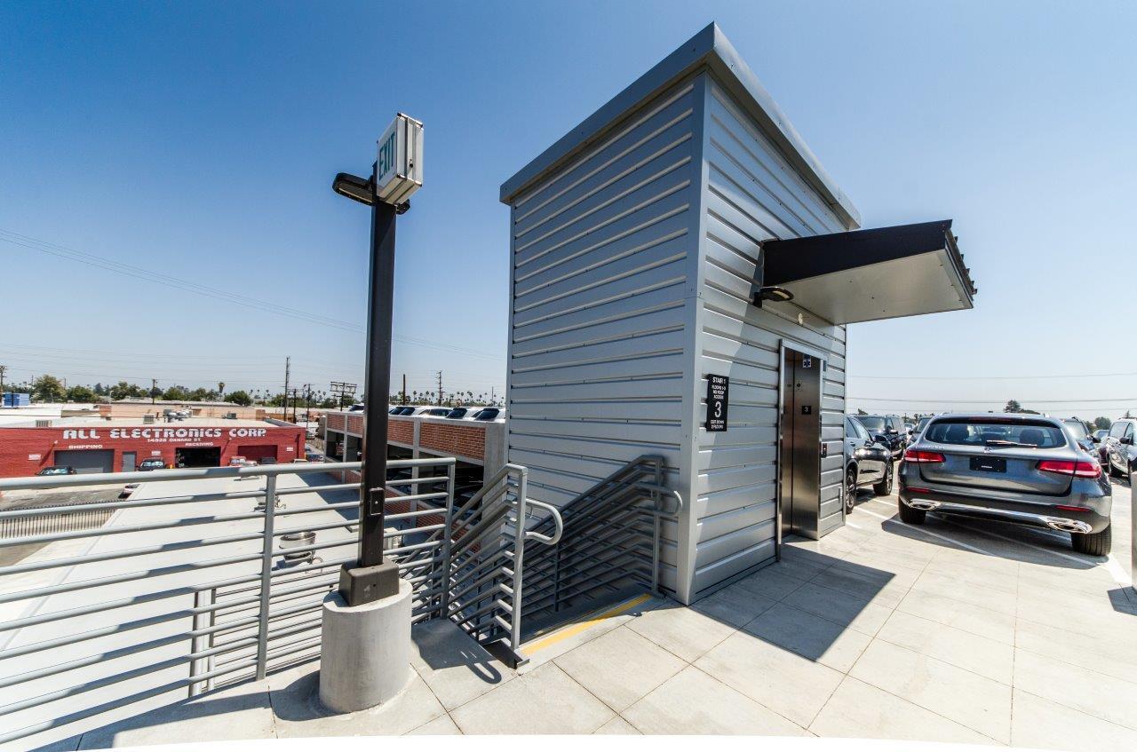 Califa Office Building Van Nuys CA RD Olson Construction JHILLPHOTO-150
