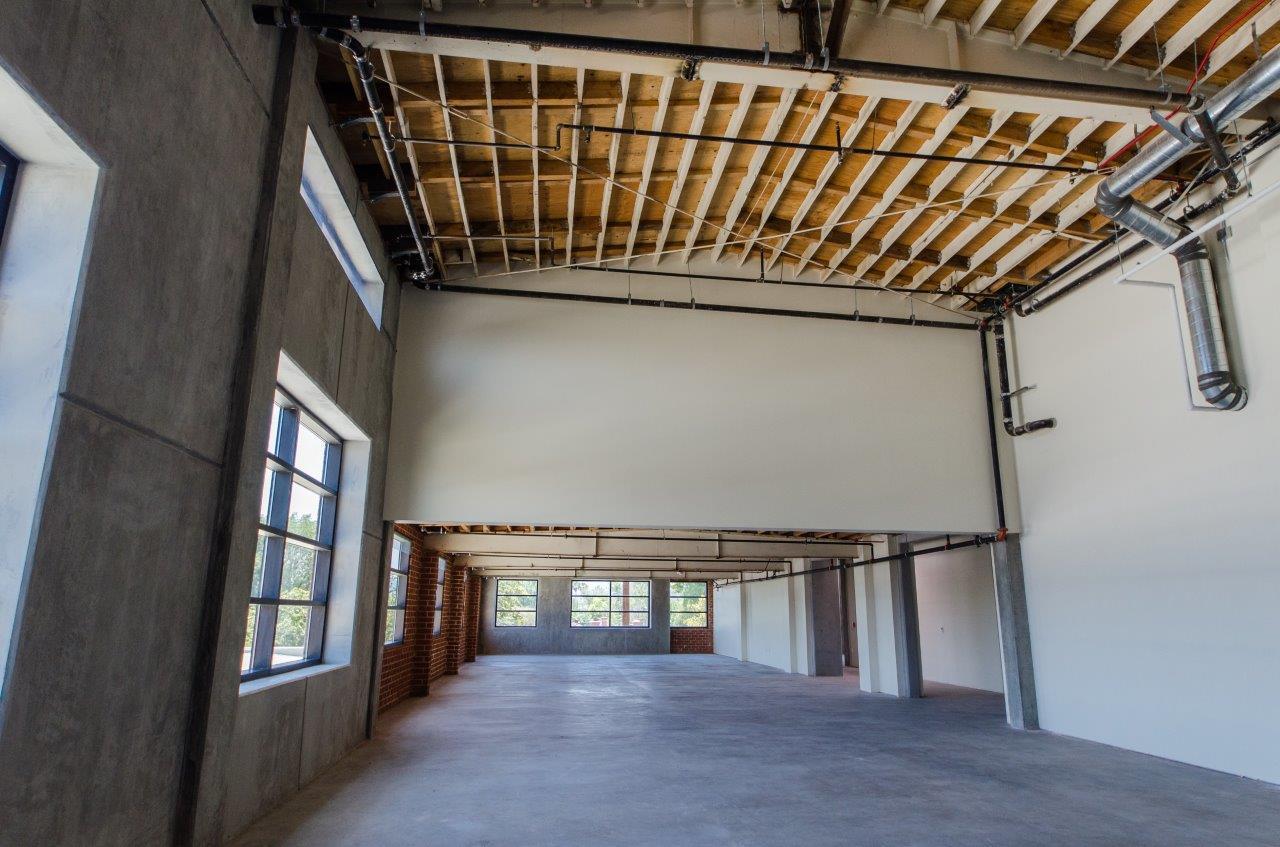 Califa Office Building Van Nuys CA RD Olson Construction  JHILLPHOTO-230