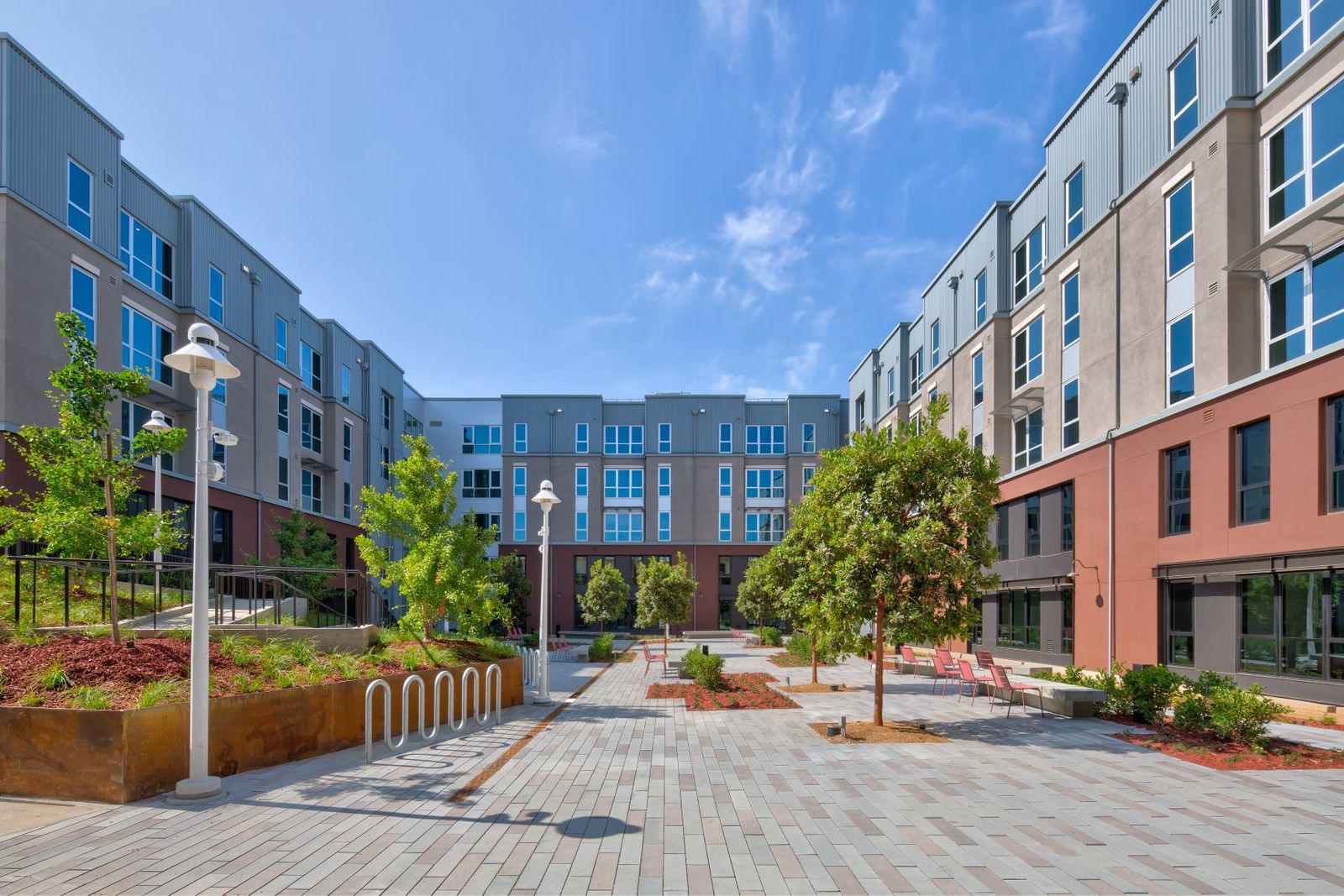 The K Residence Hall at Chapman University RD Olson Construction - courtyard_3